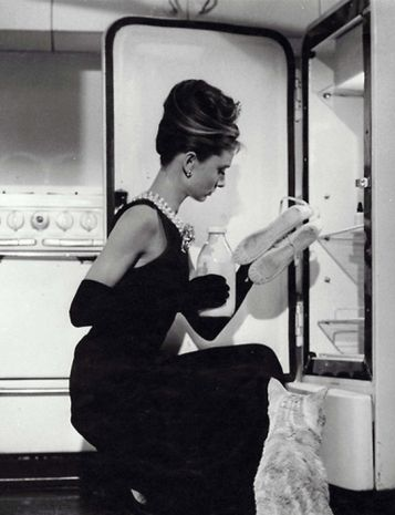 The Ultimate Single Girl Holly Golightly Keeps Milk And Toe