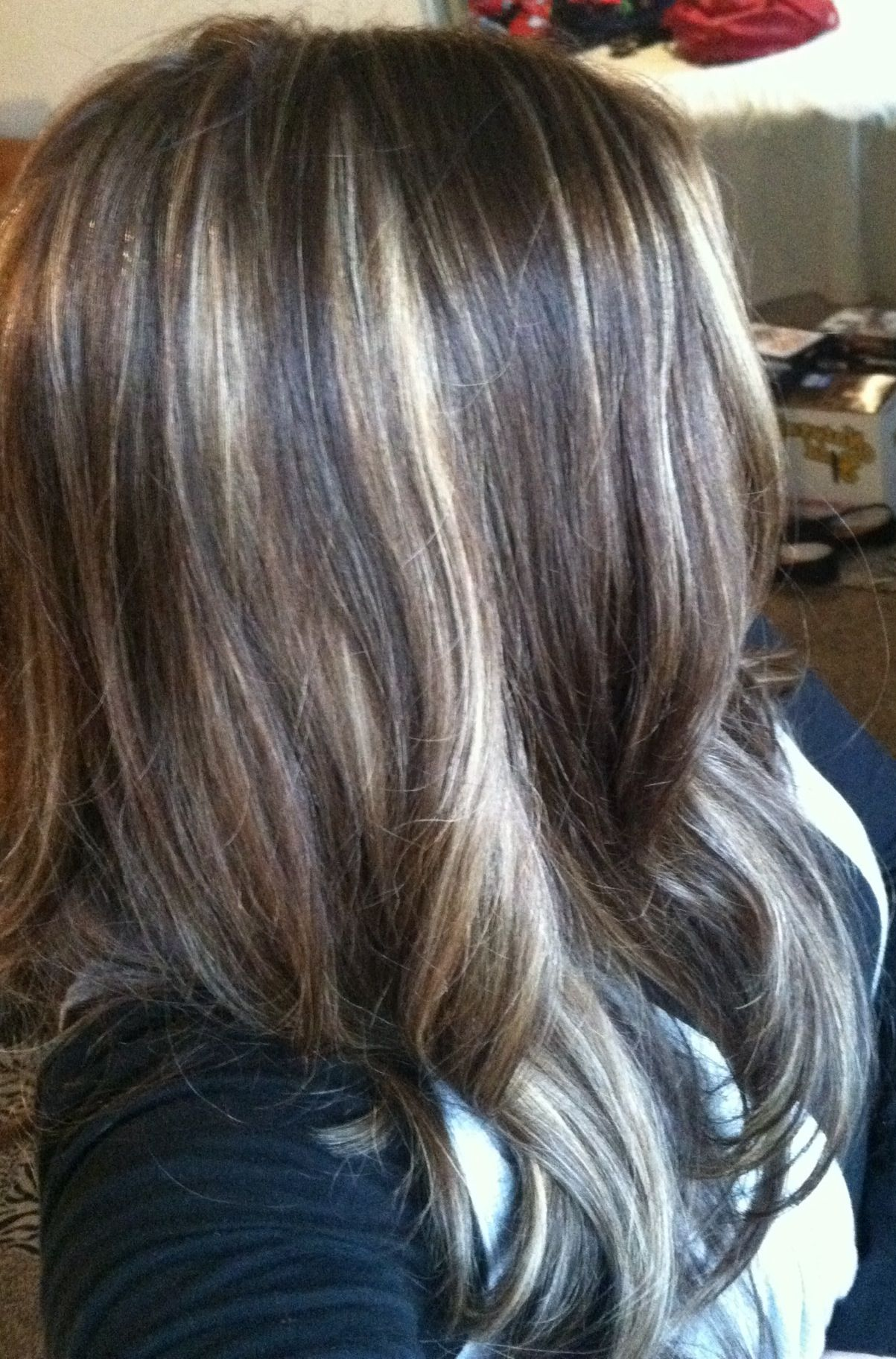 Blonde and honey partial foil highlights on brown hair