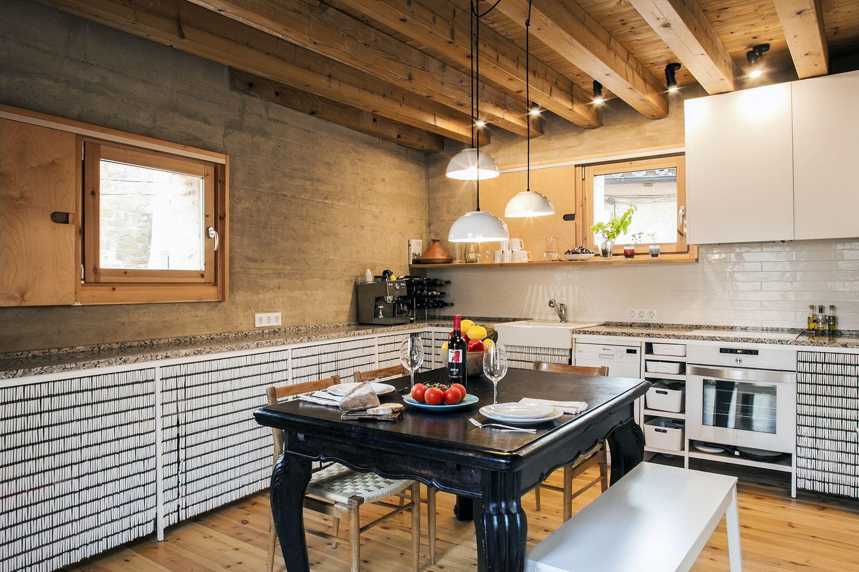 Gallery of 21st Century Vernacular House / Edra arquitectura km0 ...