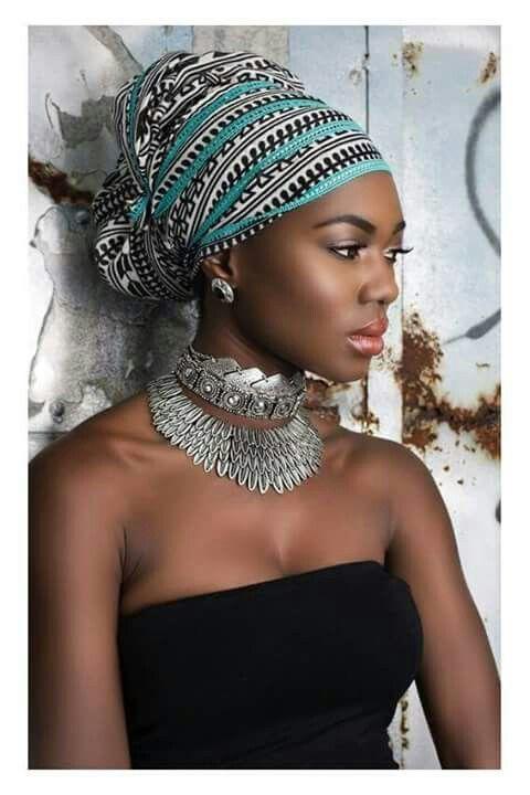 Africa Mama Africa en 2019 Coiffure avec foulard
