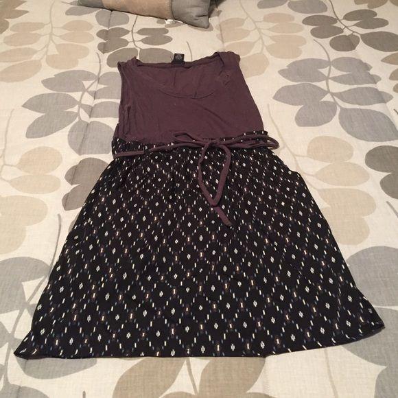 Boho dress w/ pockets Daytrip dress with pockets and attached belt. Size M Daytrip Dresses Mini