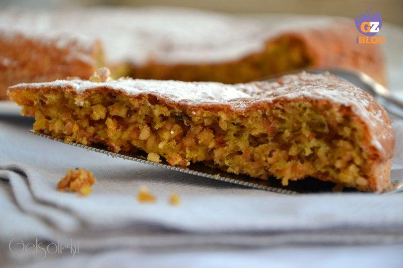 Torta alle nocciole senza farina, una ricetta della tradizione piemontese, preparata senza farina né burro, con pochi e genuini ingredienti, nocciole IGP
