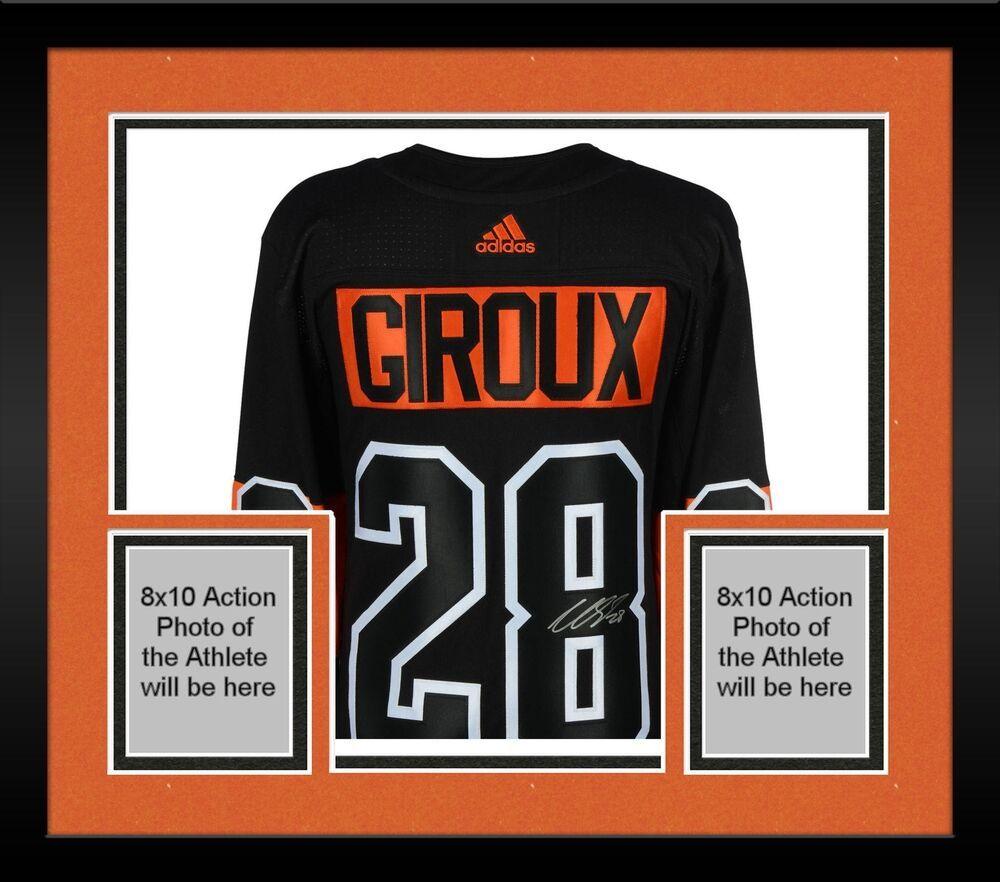 cheaper f277b 94922 Framed Claude Giroux Philadelphia Flyers Signed Black ...