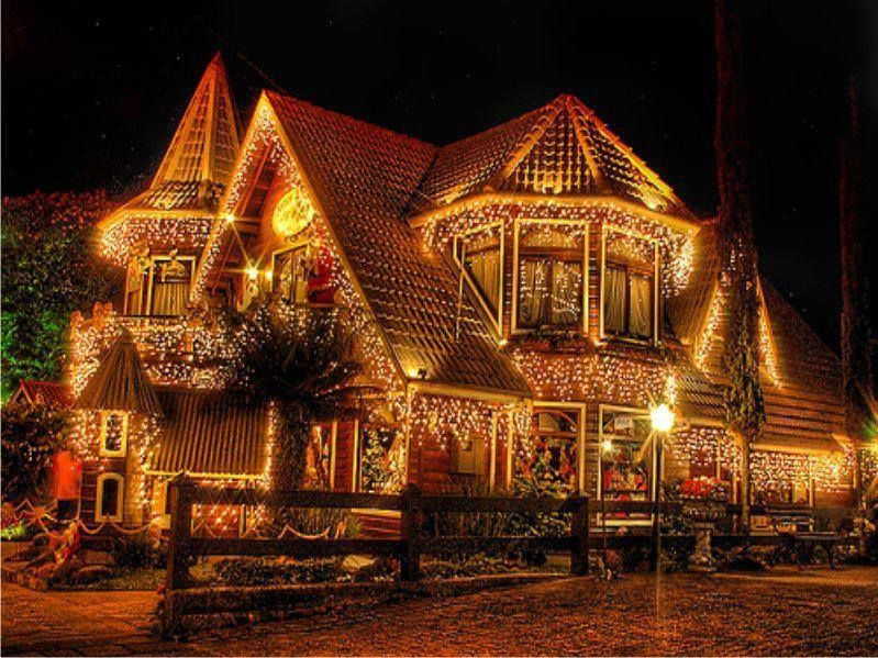 beautiful christmas lights house all lit up