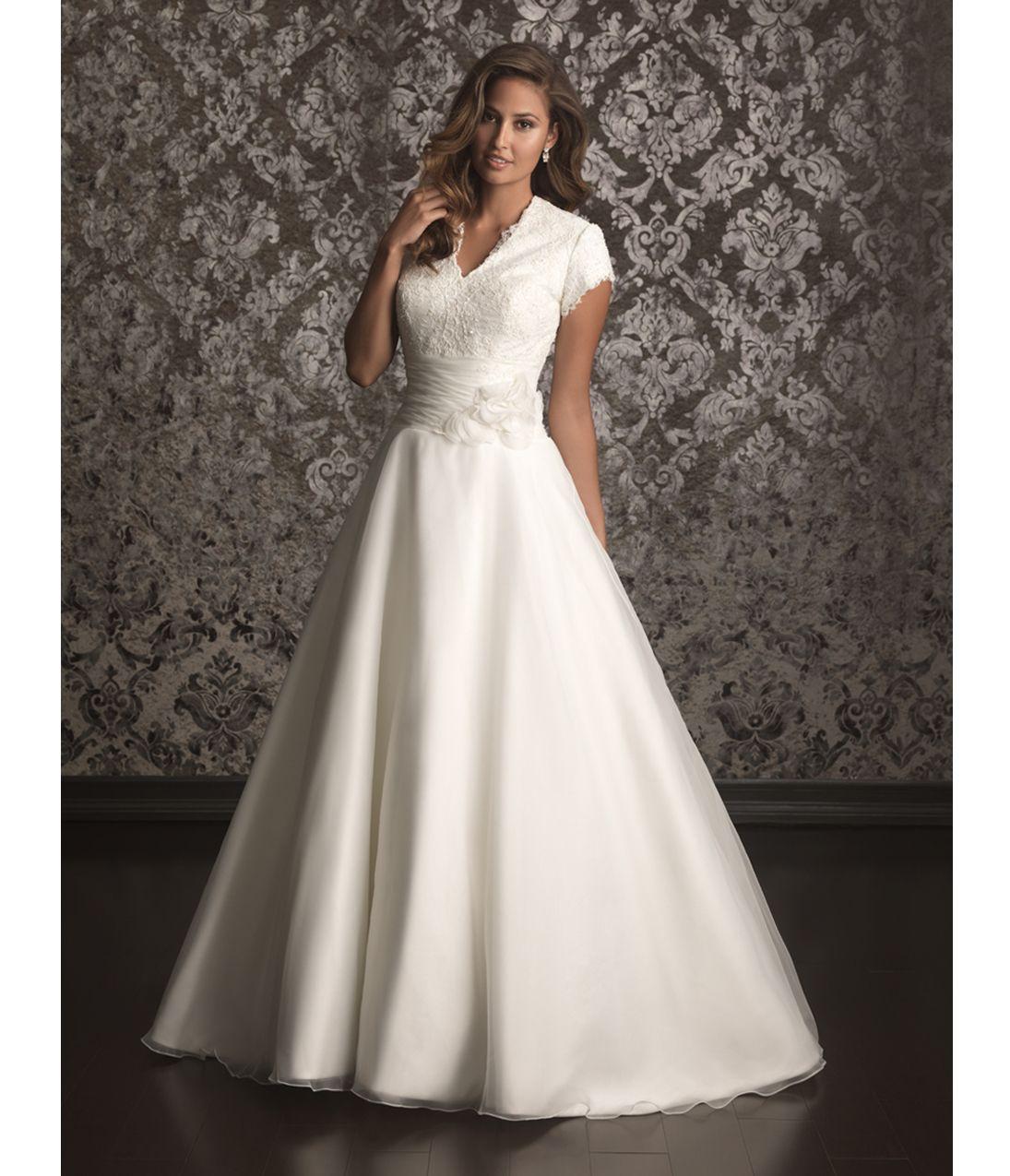 unique vintage lace wedding dresses
