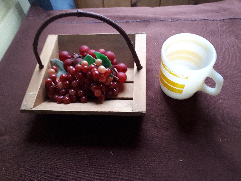 Small basket with hearts,fruit basket,storage basket