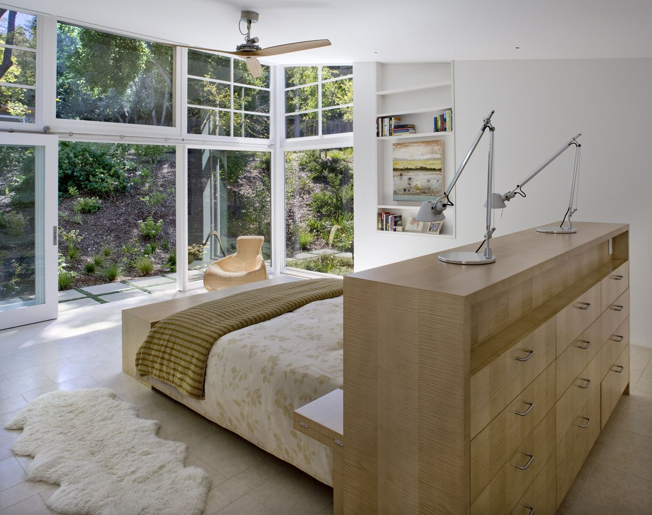 Bedroom Credenza As A Headboard   Atherton Residence, Turnbull Griffin  Haesloop Architects