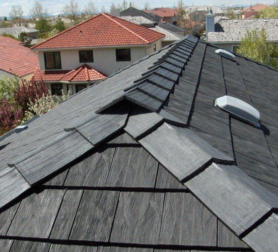 The Look Of Weathered Cedar Shakes But Made From Recycled Rubber Rubber Roofing Roofing Roofing Systems