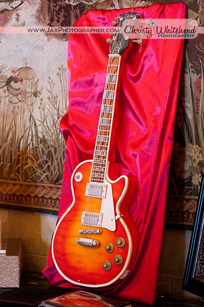 A guitar cake!    Metro Custom Cakes, Jacksonville, Fla.  Photography: Christy Whitehead, www.JaxPhotographer.com