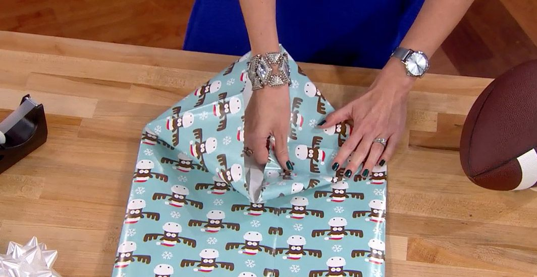 Make a gift bag out of wrapping paper From: Meredith Viera show ...