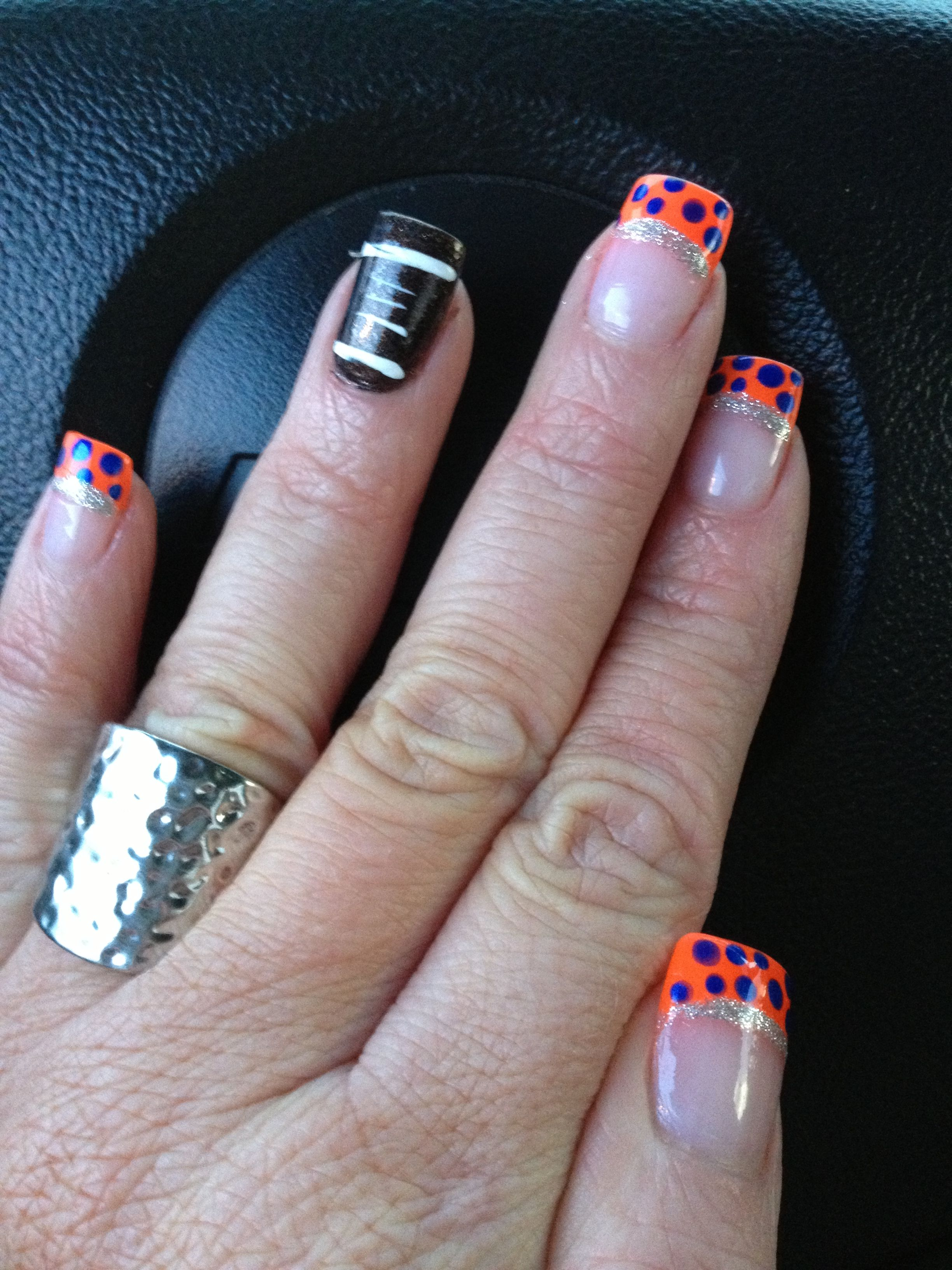 Florida Gator Nails Oh My Gosh I Think I Have To Do This For A