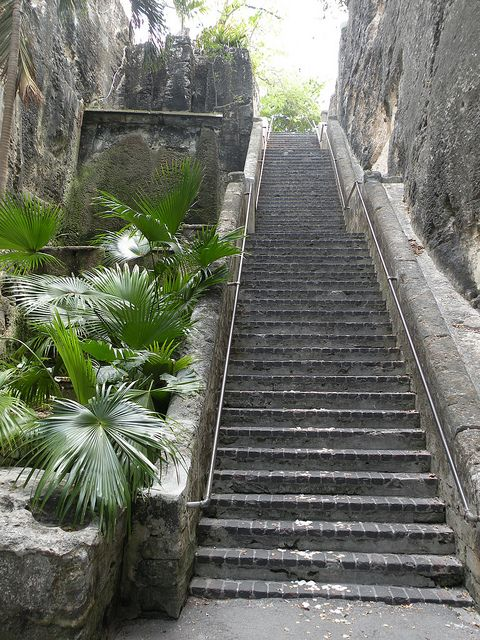 The Queens Staircase Nassau Bahamas Places To See Dream