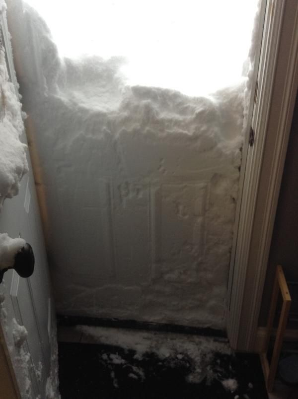 24 Pictures That Perfectly Capture How Insane The Snow Is