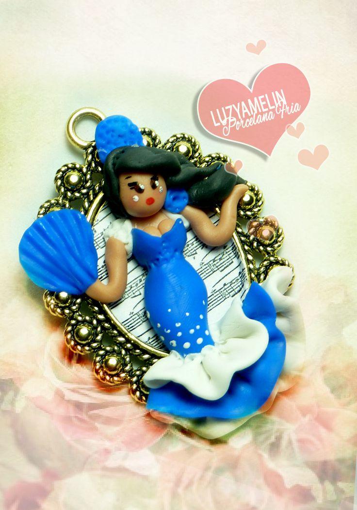 Cold porcelain, porcelana fria, fondant, modelado, sugar craft, Sevillana, Colgante, polymer clay https://www.facebook.com/luzyamelinArtwork