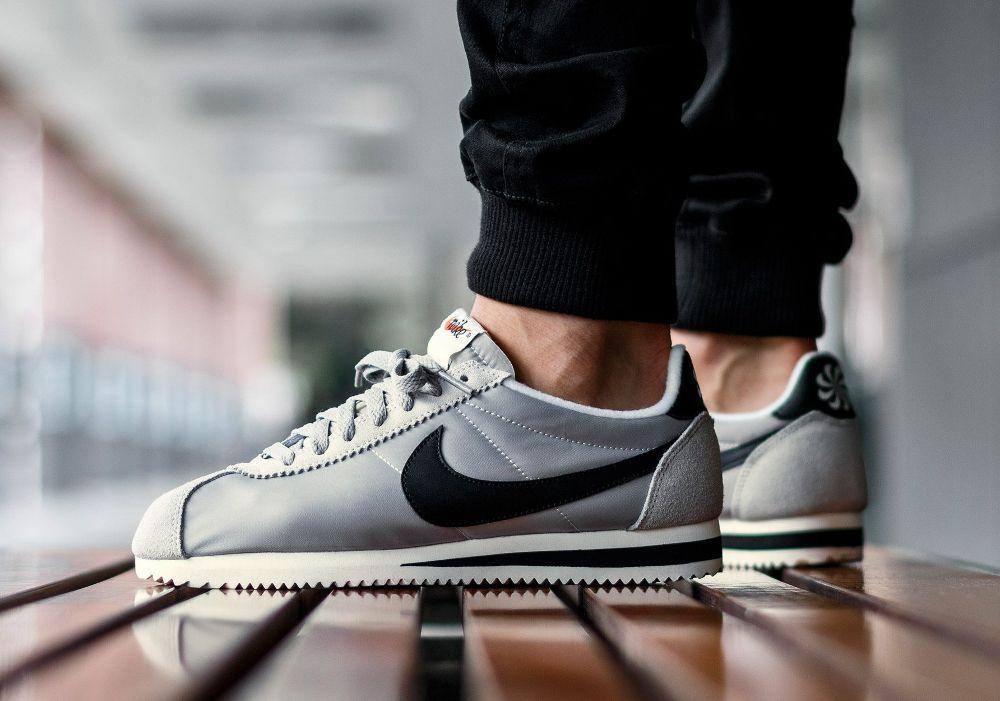 best service 3a886 c7d10 ... nike cortez nylon vintage disponible nike cortez chaussures pour homme  et sneakers