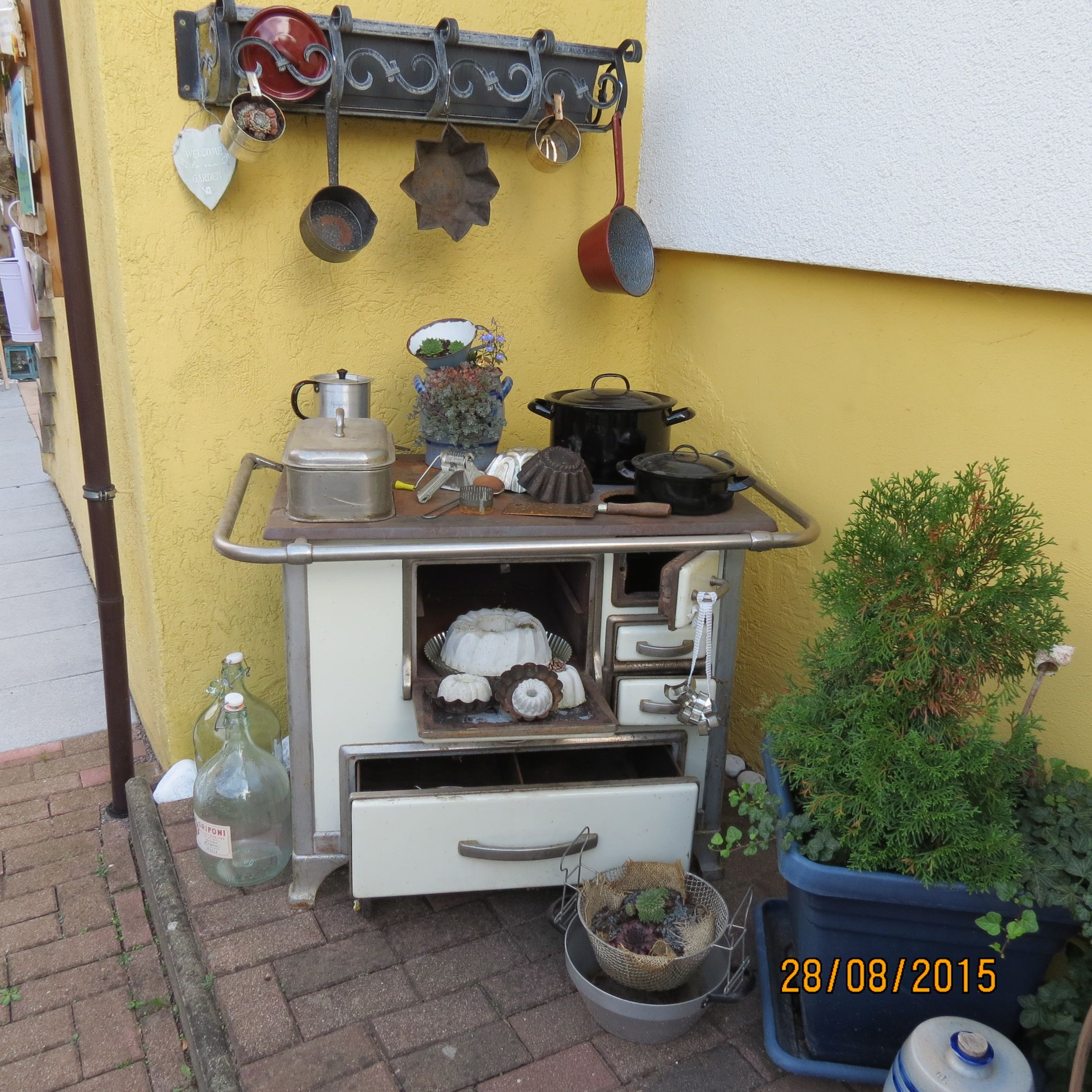 Küchenhexe | stove in the garden | Pinterest | Küchenhexe ...