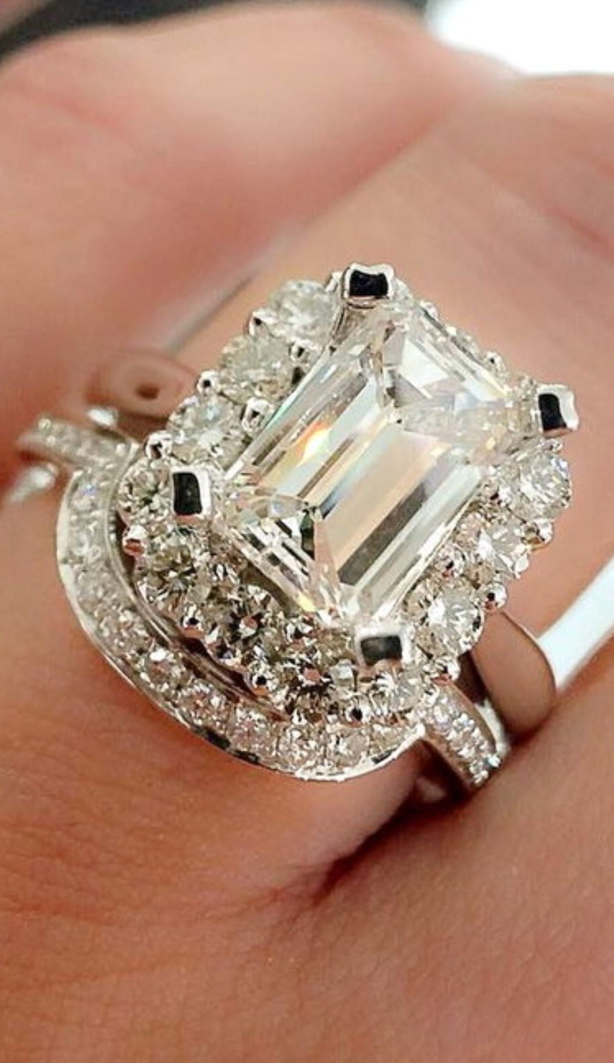 gold rings flawless pink cut set engagement and white sapphire wg princess solitaire blog in nl with channel diamond ring
