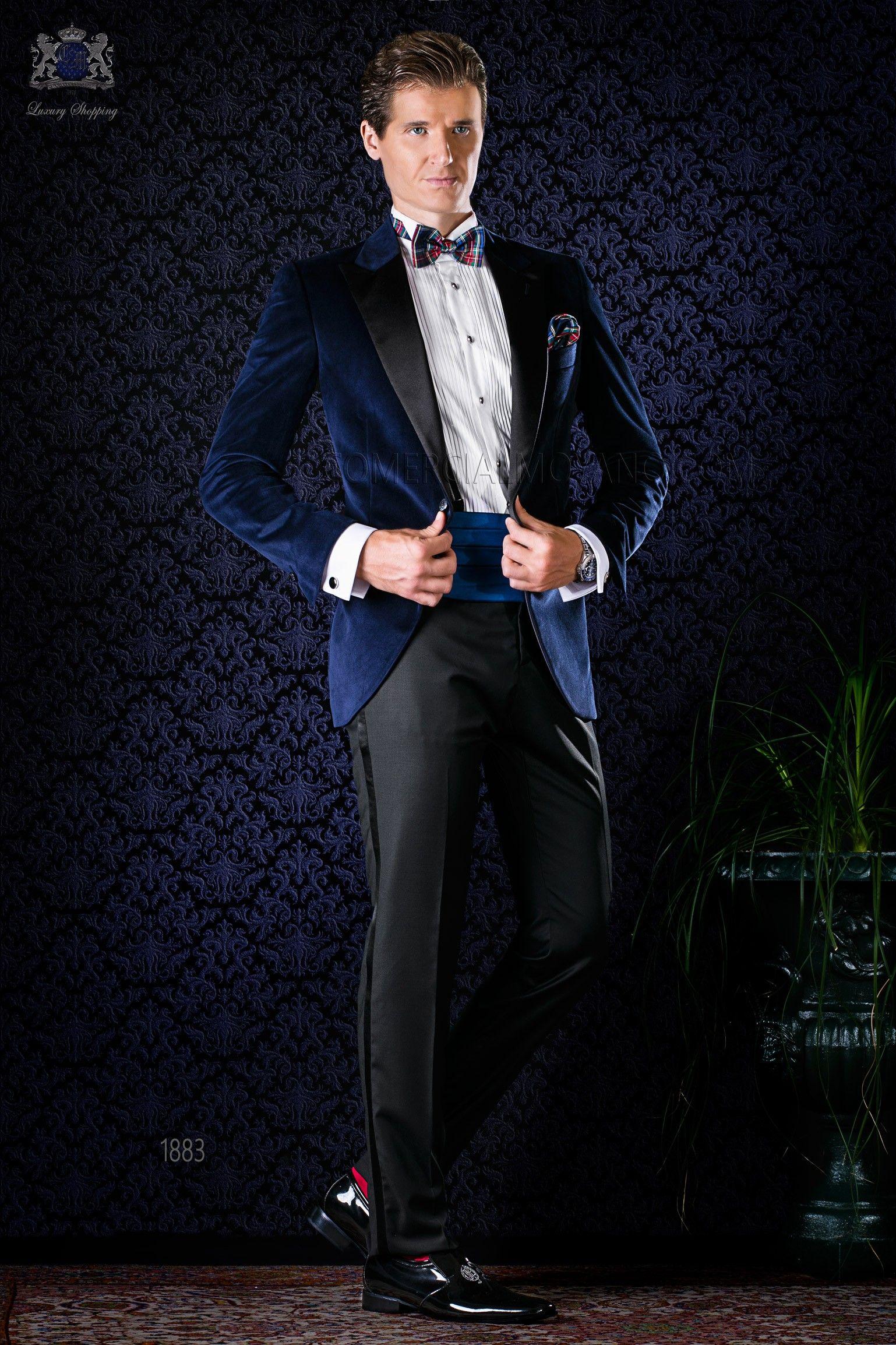 Schwarze hose dunkelblaue jacke