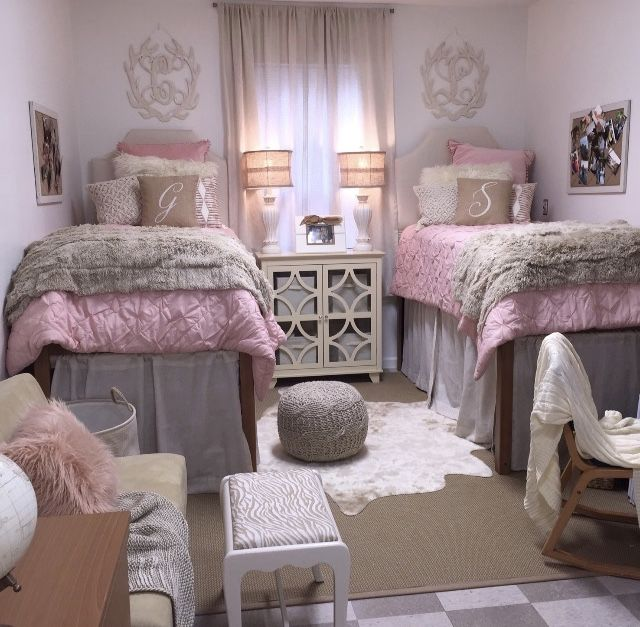 Decorating Ideas > Your Dorm Looking Like It Belongs In A Magazine TSM  ~ 232412_Pink And Purple Dorm Room Ideas