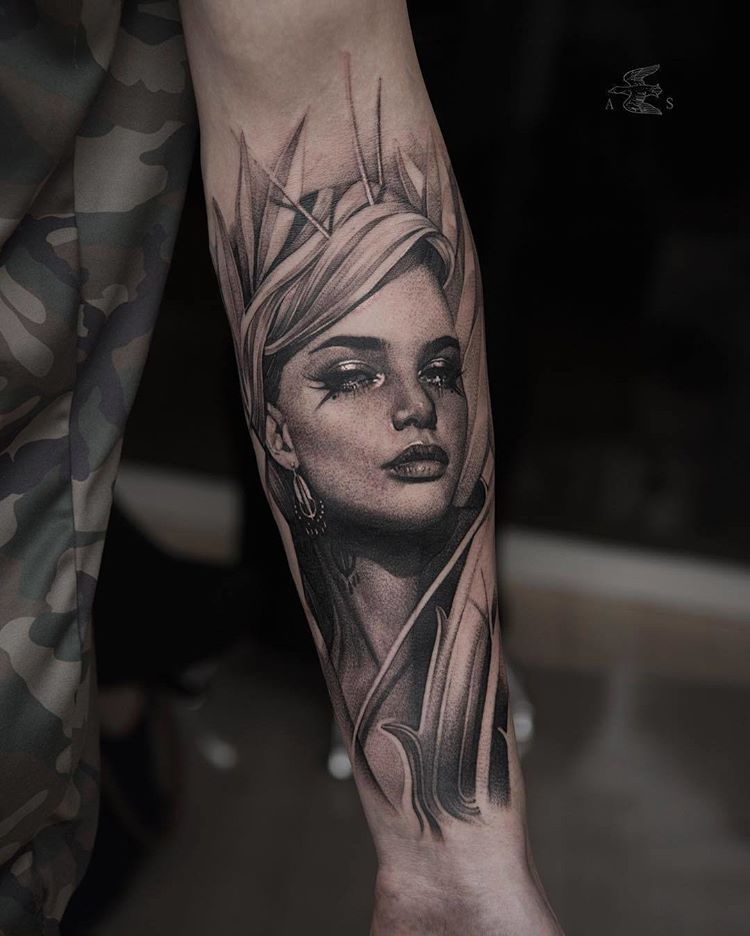 Great Tattoo By Alexsorsa Follow Realistic Ink For More Amazing Realistic Tattoo Tatouage Blackandgrey Face Tattoos For Women Girl Tattoos Girl Face Tattoo