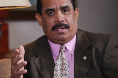 """""""Planta de explosivos de Barrick Gold ensancharía la inseguridad en el país"""", dice senador"""