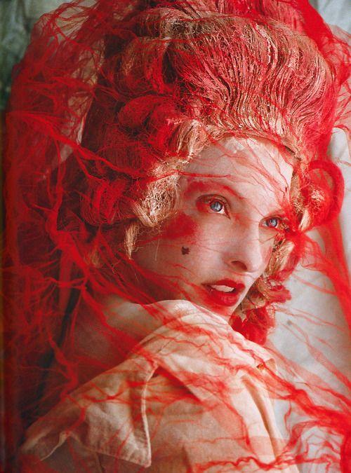 Linda for V Magazine (2007)