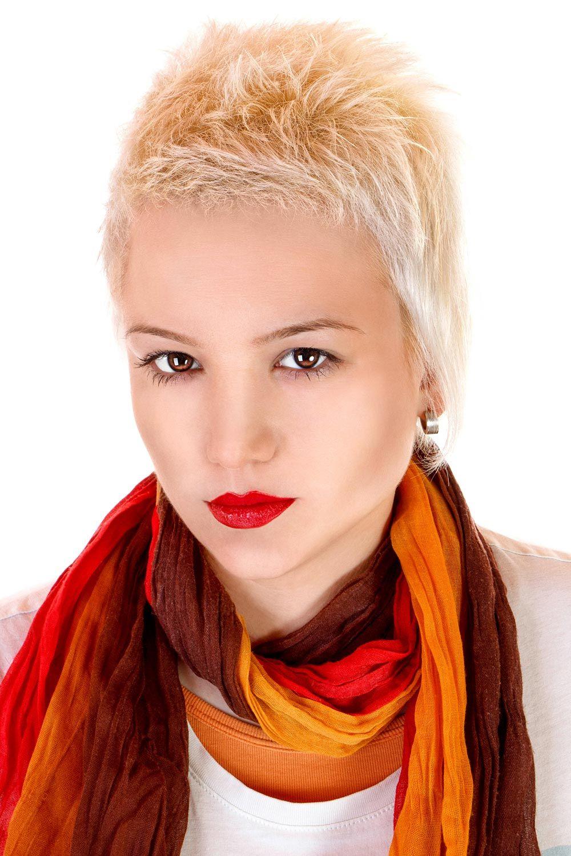 Coole Blonde Kurze Haare Kurzhaarfrisuren Pinterest Blonde