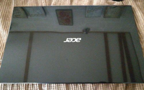 Acer Aspire Laptop - AMD A8 - 4GB Ram - 500GB HDD - DVD Drive