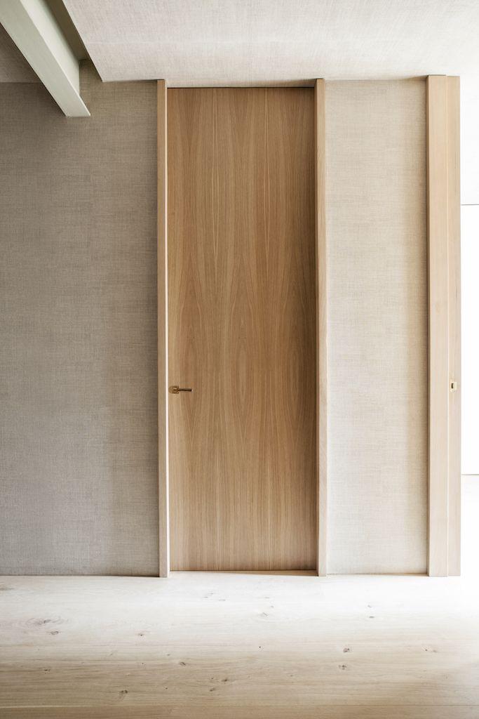 Puerta de madera de suelo a techo suelo de madera natural - Puertas piso interior ...