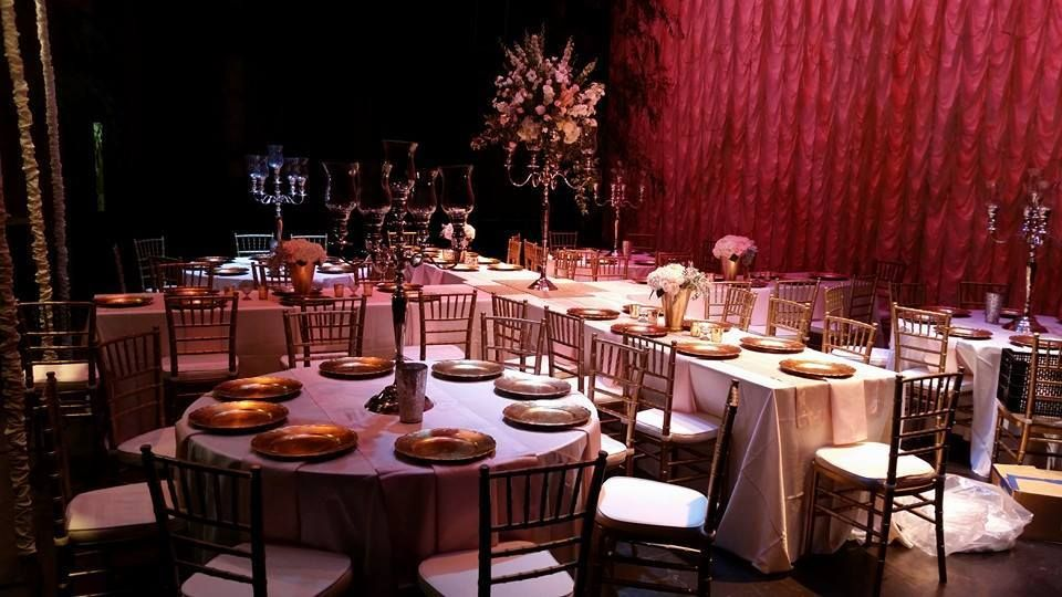 Top Notch Events And Als Anniston Al Birmingham 256 239 4950 Www Topnotcheventsinc Wedding Drapery Ceiling Uplighting Lounge