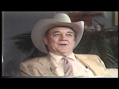John Wayne Rare Interview 1974 Youtube In 2019 John Wayne