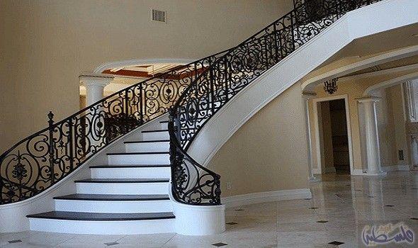 نصائح لتزيين الدرج الداخلي في المنزل بطريقة إبداعية Stairs Design House Interior Design Pictures Stairway Design
