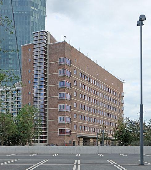 martin elsaesser grossmarkthalle architecture pinterest martin o 39 malley. Black Bedroom Furniture Sets. Home Design Ideas