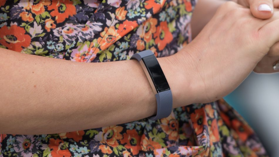 Stanford Fitbit Join Forces To Predict Viral Infections With Wearables Viral Infection Wearable Fitbit