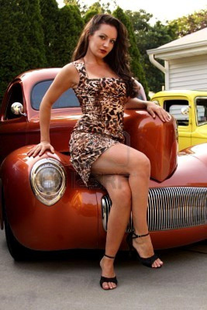hot rods and hot babes