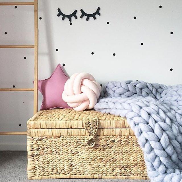 61102218c1eef6 almofada nó escandinavo rosa // quarto infantil quarto de bebe ...
