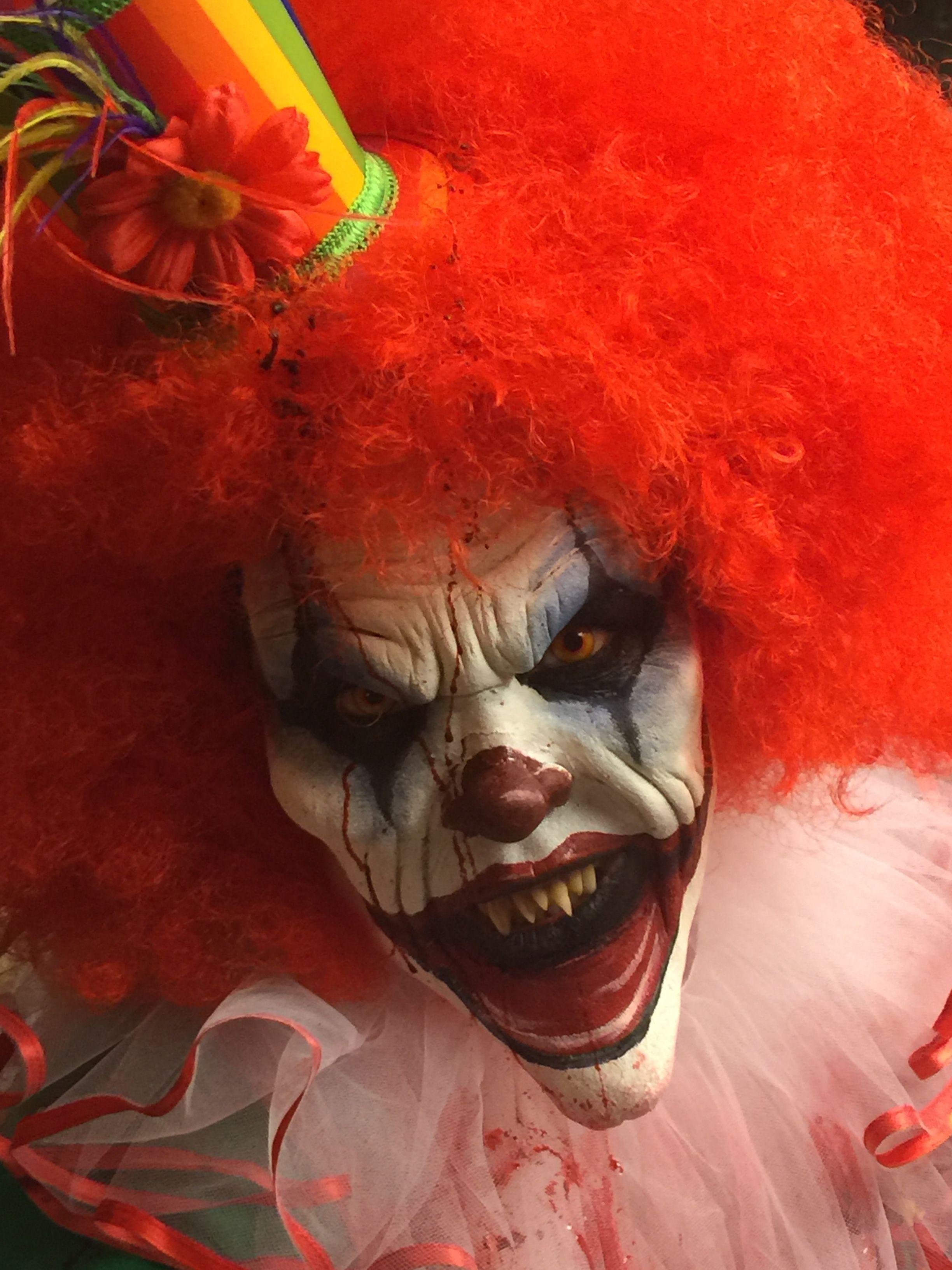 scary clown makeup holloween