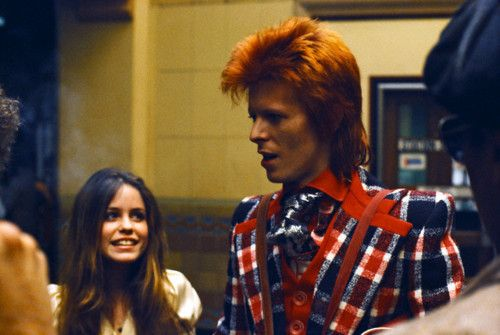 bowie — Fantastic plaid jacket. Classy and Rock n Roll #styleicon #modcloth