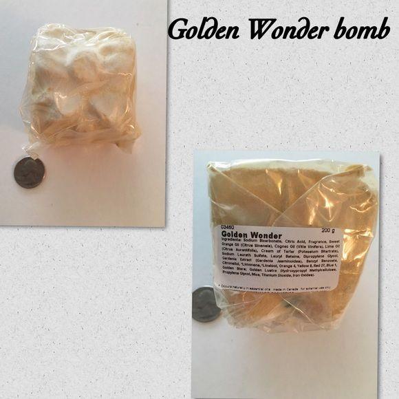 Lush Golden Wonder large bomb  Golden Wonder large gift shaped bomb  Lush Makeup