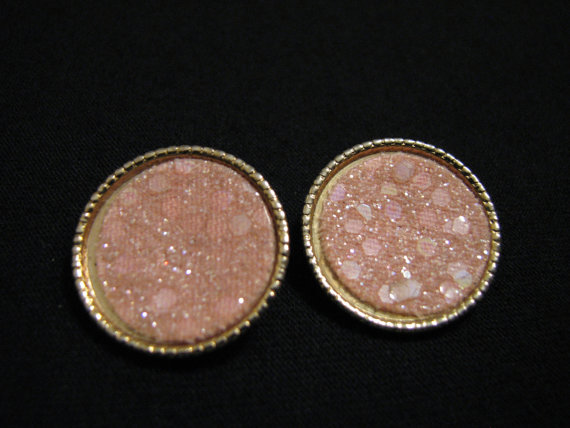 Vintage Round Gold Tone and Pink Sequin Glitter by JewelryStash