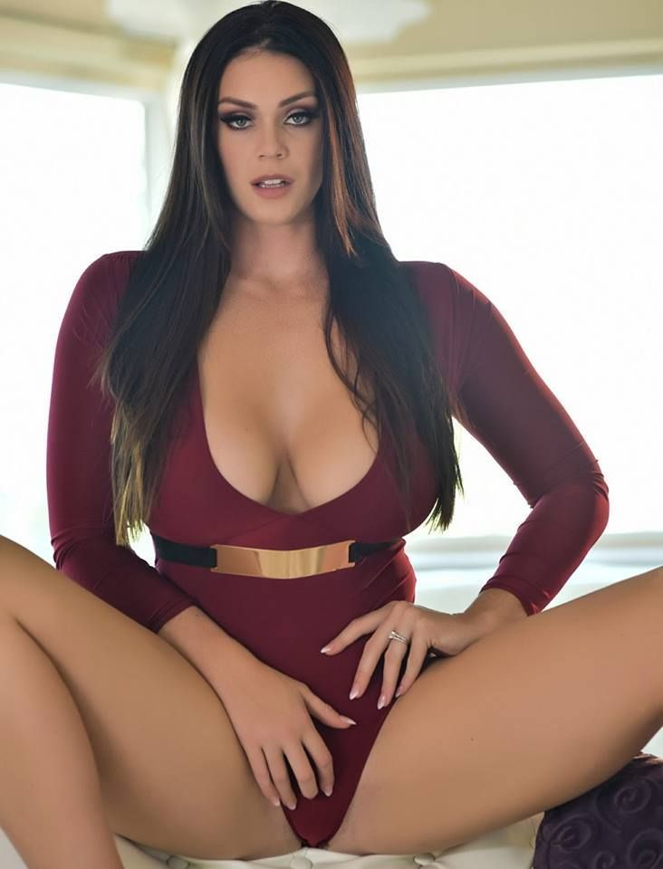curvy Hot women sexy
