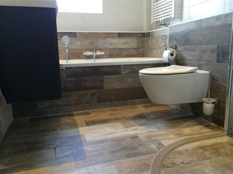 Badkamer Met Hout : Badkamer tegels hout look stoere planken tegels verouderd hout