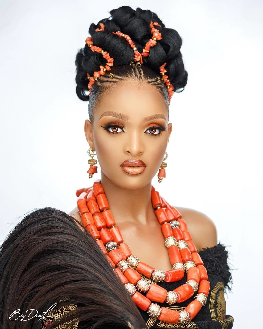 You Ll So Love This Stunning Igbo Traditional Wedding Beauty Look African Wedding Hairstyles Igbo Traditional Wedding African Wedding Attire