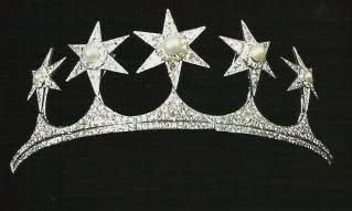 Risultato immagini per regina vittoria gioielli