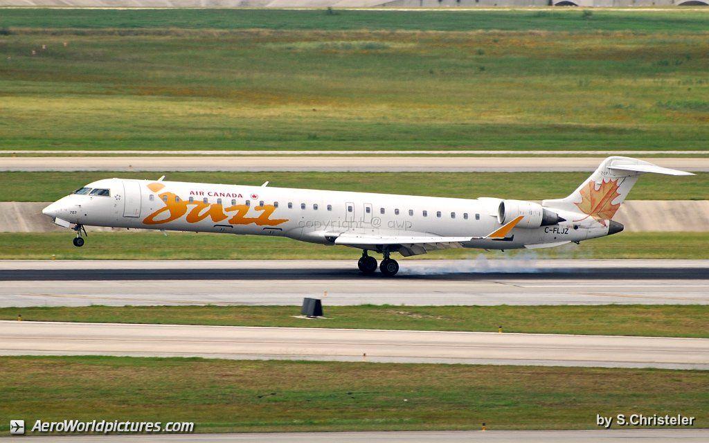 Air Canada Express (Jazz Air) Bombardier CRJ705ER (CL600