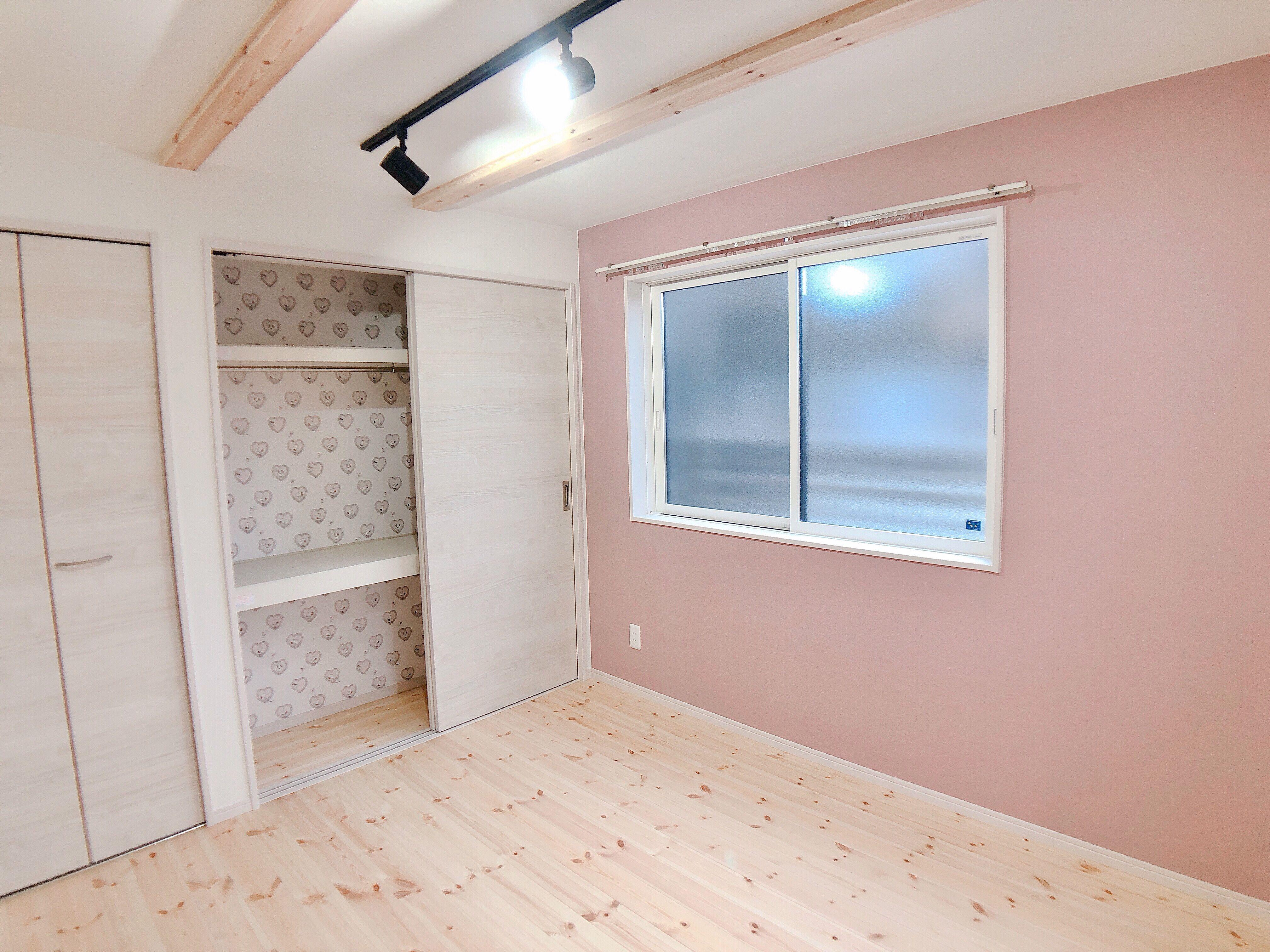 アクセントクロス 壁紙 ピンク スヌーピー ハート 無塗装 無垢材 収納