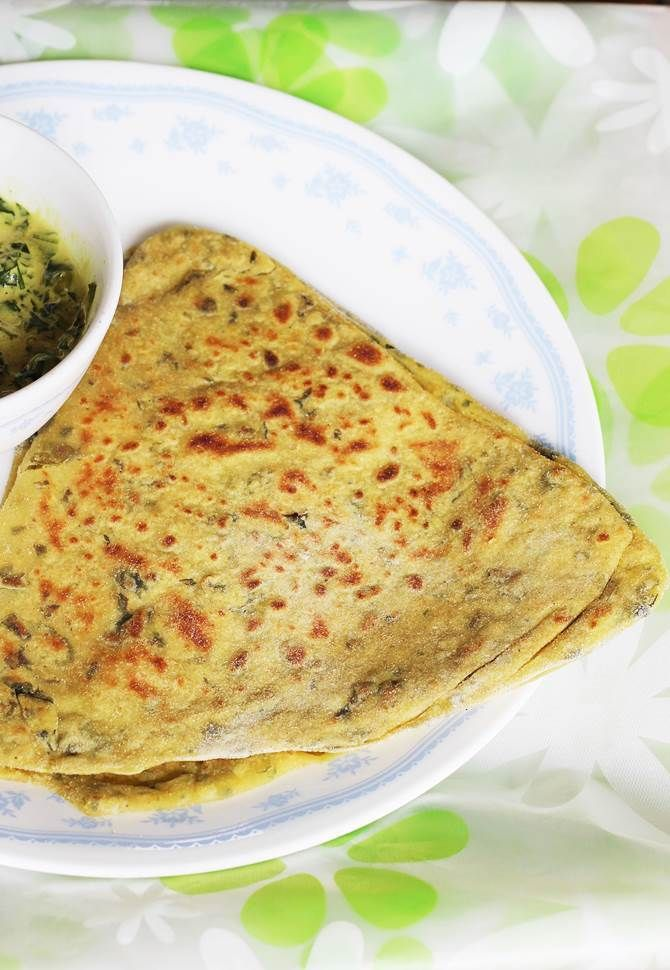Methi paratha recipe methi roti how to make methi paratha lunch box recipes forumfinder Images