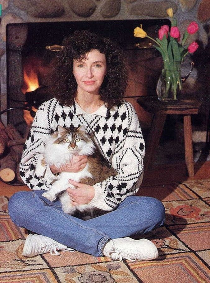 Mary Steenburgen   Famous Cat Owners   Cats, Cats, kittens ...