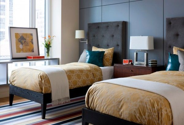 Contemporary Modern Guest Bedroom Design with Twin Beds ...