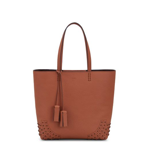 TOD'S . #tods #bags #leather #hand bags #tote #lining #